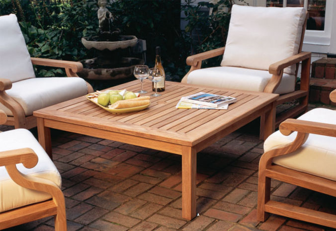 Patio Shop - Fireplace Center | Patio Furniture | Kingsley-Bate Patio Furniture | Tables Classic Occasional Tables
